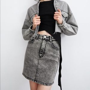 Washed effect mini skirt